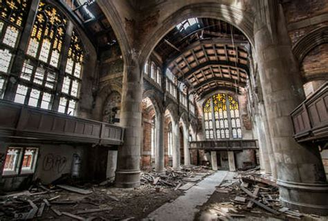 insane abandoned places   midwest thrillist