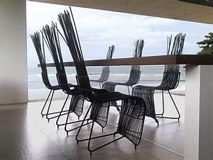 Chaise De Jardin Design : table et chaise de jardin design en mat riaux diff rents ~ Teatrodelosmanantiales.com Idées de Décoration