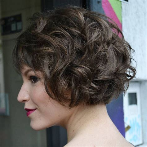 delightful short wavy hairstyles curly short