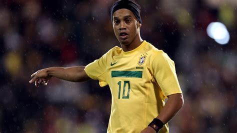 player  atletico mineiro ronaldinho  brazils