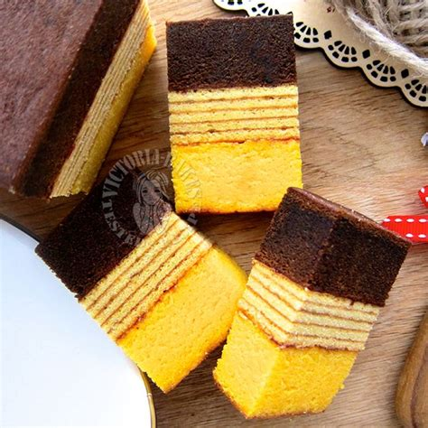 Lapis legit moist bahan : cream cheese lapis legit & surabaya layered cake ~ highly recommended 苏拉巴亚奶油奶酪千层蛋糕 ~ 强推 | Cake ...