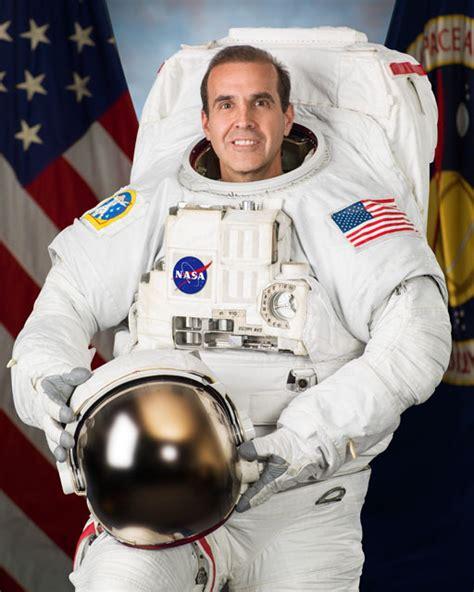nasa astronaut portrait rick mastracchio
