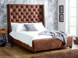 Tete De Buffle Pas Cher : choisissez un lit en cuir pour bien meubler la chambre coucher ~ Teatrodelosmanantiales.com Idées de Décoration