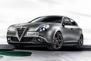 Alfa Romeo Giuletta : alfa romeo giulietta mito cloverleaf 2014 revealed auto express ~ Medecine-chirurgie-esthetiques.com Avis de Voitures