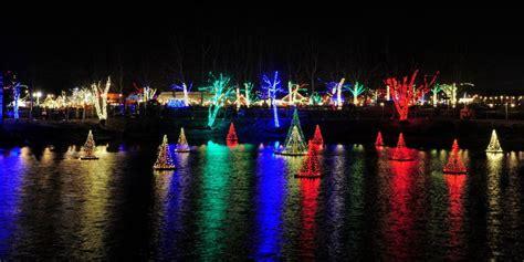 visit  santa    light show hayride