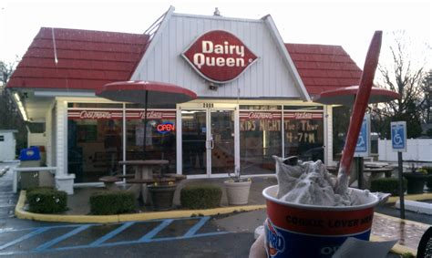 retro hampton roads dairy queen fast food  retro style