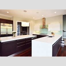 Battle Of The Kitchens Modern Vs Traditional