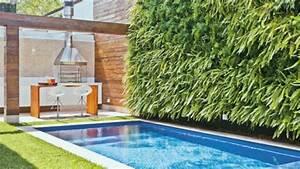 Schwimmbad Für Den Garten : vertikaler garten neben dem schwimmbad bringt mehr gr n in ihr haus ~ Sanjose-hotels-ca.com Haus und Dekorationen