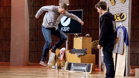 die hoehle der loewen frank thelen hebt mit dem skateboard ab