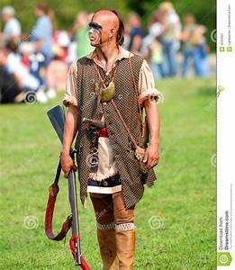 Mohican Warrior Editorial Stock Photo - Image: 4235953