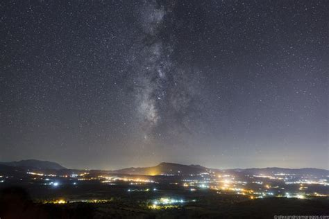 Breathtaking Photos Show The Milky Way Seen From Greece