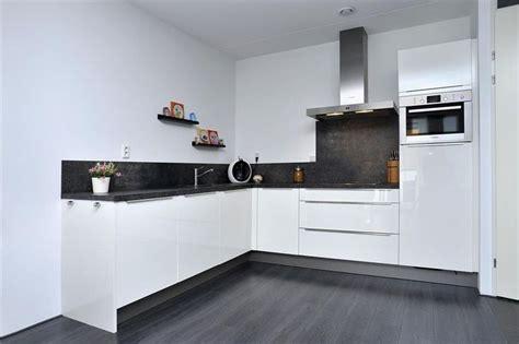 Dubbelwandige Keuken by De Witte Keuken Verzameling Voorbeelden Witte Keukens