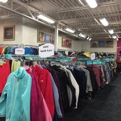 Does Platos Closet Buy Purses by Plato S Closet S Clothing 1030 Niagara Falls