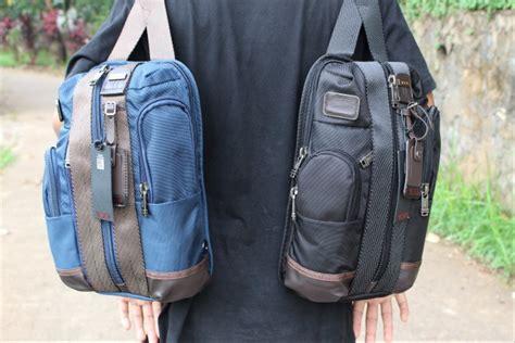 jual tas sling bag tumi monterey navy di lapak