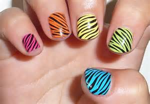 Pics photos zebra nail art designs
