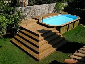 votre piscine semi enterree 30 idees creatives With construction piscine hors sol en beton 2 terrasse bois autour d une piscine hors sol