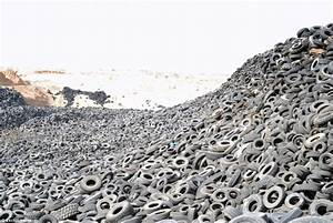 World's biggest tyre graveyard: Incredible images of ...