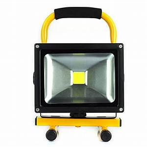 Led rechargeable floodlight w cordless