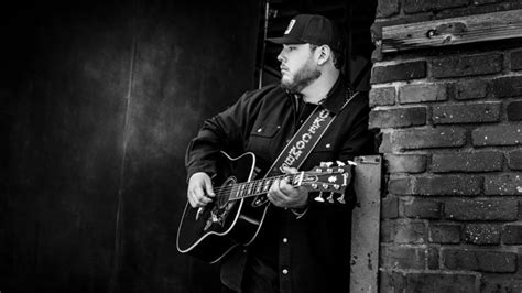 "Luke Combs Releases ""beautiful Crazy"""
