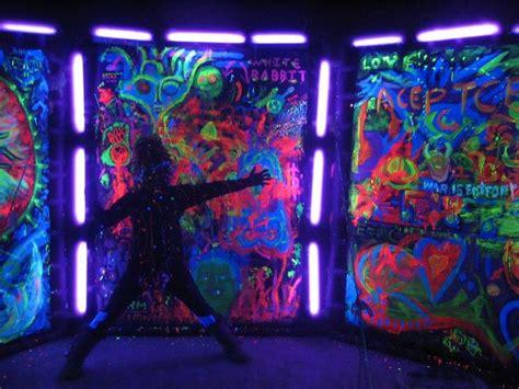 glow   dark  black light party ideas black light