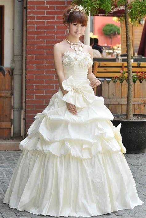 Why do so many Japanese brides rent their wedding dresses?   SoraNews24