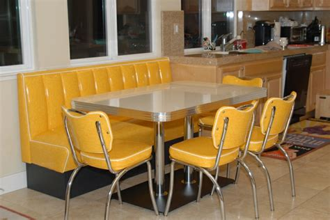 table cuisine retro retro kitchen booth yellow cracked chairs table