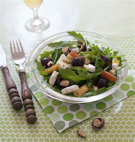 recette de cuisine d automne salade fruitée d automne aux raisins poires et feta les