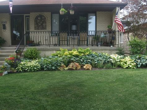 facing garden ideas 1000 images about back yard on pinterest gardens lighting and shade plants