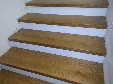 rivestimento scale in legno gradini scale interne jx91 pineglen