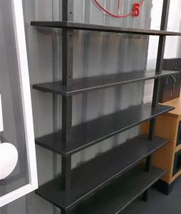 Etagere Sur Bureau : tag re biblioth que industrielle en acier sur mesure ~ Teatrodelosmanantiales.com Idées de Décoration