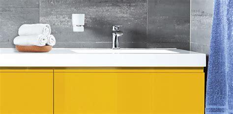 montre de cuisine design rénover et relooker sa cuisine salle de bain et ses sols