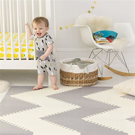 Skip Hop Foam Tiles Uk by 25 Best Ideas About Playroom Flooring On