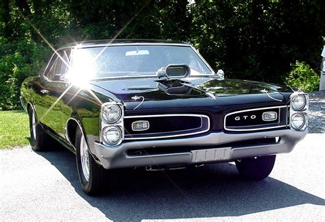 Pontiac Car :  Pontiac, The Car That Outsold The Parent Company
