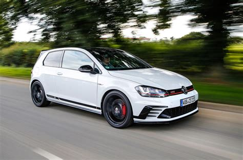 Vw Gti Club Sport by Volkswagen Golf Gti Clubsport S Review 2018 Autocar