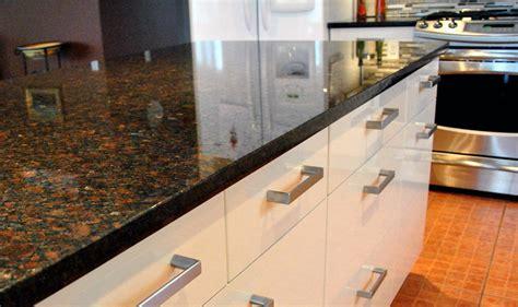 granite countertops with brown cabinets dark brown granite countertops with white cabinets www