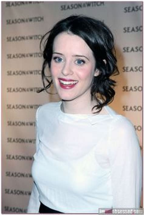 43 Elegant Hairstyles Of Claire Foy