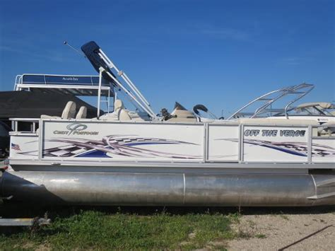 Boat Covers Traverse City by Crest 22 Family Fisherman Pontoon Boats Used In Traverse