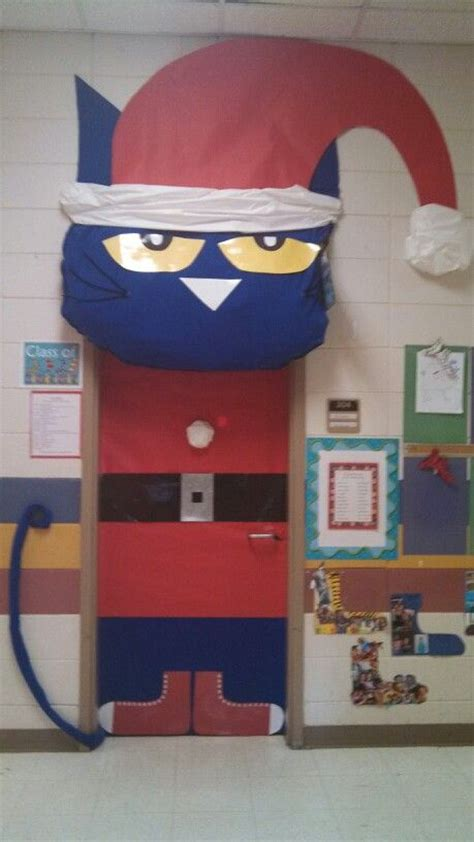 Pete The Cat Classroom Decorations by The 25 Best Classroom Door Ideas On