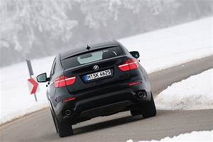 BMW Adds Three-Seat Rear Bench Option for the X6 and New