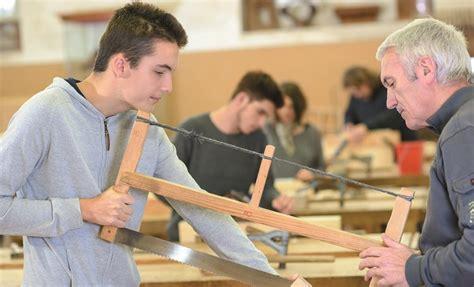 Vorsorge Versicherungen Fuer Studenten Und Azubis by Wie Azubis Vorsorgen Wichtige Versicherungen Zum