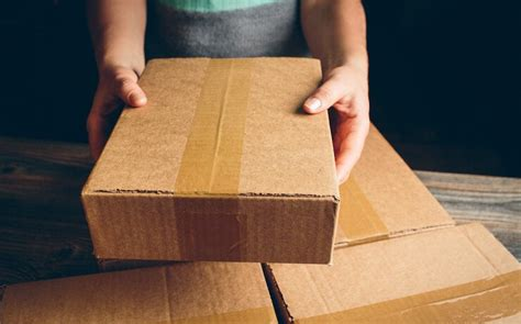 best way spedizioni what is the cheapest way to ship a package ups fedex or