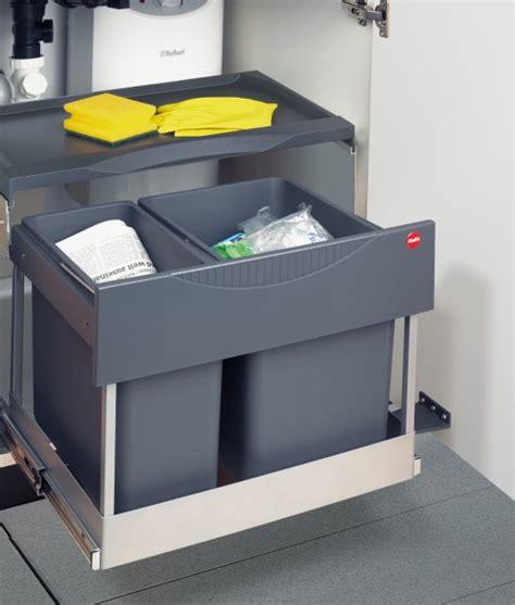 poubelle integree meuble cuisine poubelle pour cuisine integree maison design bahbe
