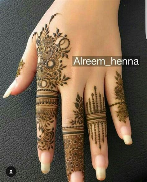 modele de henné beautiful henna design tatouage