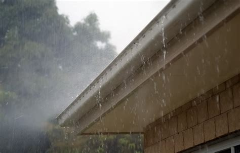 gutter cleaning service bend  clean repair