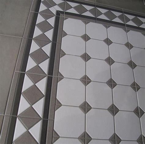 carrelage imitation ciment 20x20 cm floral gris