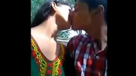 Desi Collage Girl Kissing Boob Pressing In Park Mms Video