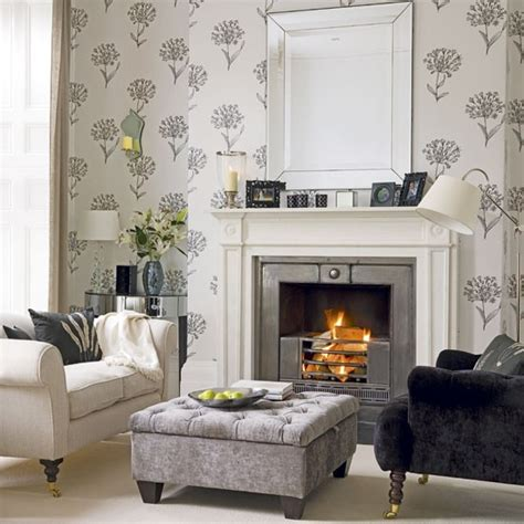 Charcoal And Cream Living Room Housetohomeco