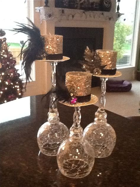 table centerpieces top hat halloween centerpiece halloween decor pinterest top hats centerpieces and hats