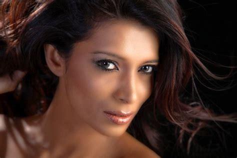 Hot Hot pics: Chula Padmendra