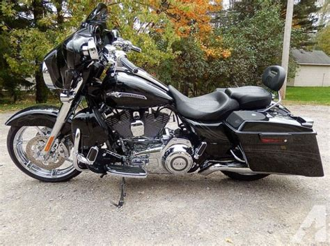 2012 Harley Davidson Glide Cvo For Sale by 2012 Harley Davidson Cvo Flhxse Glide Screamin